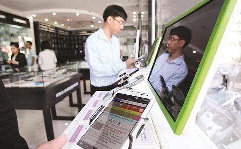 Khi bán lẻ lấn sân thương mại điện tử