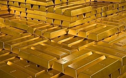 Giá vàng thế giới tiếp tục lao dốc
