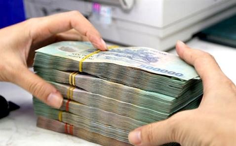 Thanh khoản eo hẹp, lãi suất liên ngân hàng bật tăng