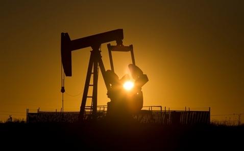 Giá dầu hãm phanh, Goldman Sachs vẫn lạc quan