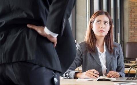 5 hành vi khiến sếp mất điểm trong mắt nhân viên