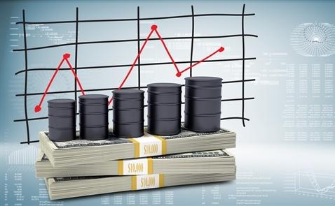 """Vì sao thị trường dầu mỏ bị """"ám ảnh"""" bởi con số 50?"""