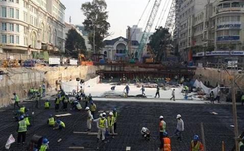 Việt Nam tìm kiếm nhà đầu tư nước ngoài cho các dự án hạ tầng