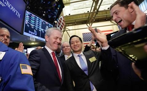 Cổ phiếu ngân hàng giúp chứng khoán Mỹ khởi sắc trở lại
