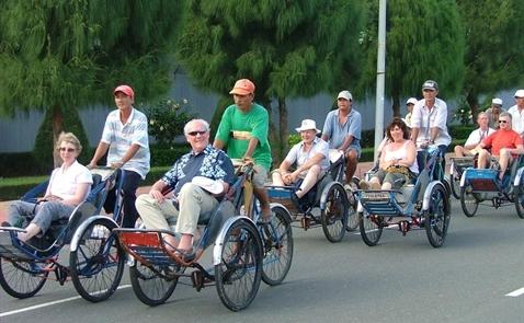 Thêm 1 triệu khách quốc tế đến Việt Nam trong tháng Tư