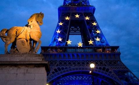"""Đồng Euro """"lên hương"""" sau vòng 1 cuộc bầu cử tại Pháp"""