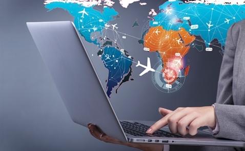 Du lịch trực tuyến: Đấu trường click