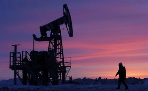 Giá dầu thế giới tăng trở lại do dự trữ tại Mỹ giảm