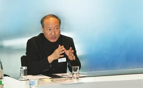Đế chế 100 tỉ USD của Chen Feng