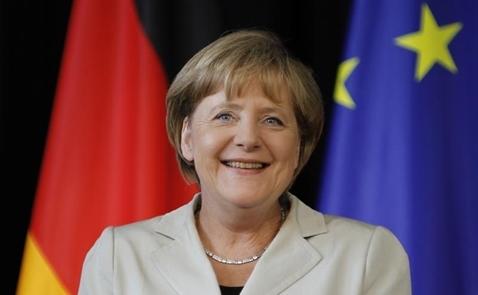 Merkel: Châu Âu phải tự đứng trên đôi chân của mình