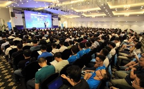 Hà Nội đắm chìm trong không gian công nghệ của Vietnam Mobile Day 2017