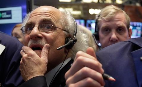 Giá cả hàng hóa lặng sóng, giới đầu tư lo lắng