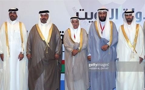 Giá dầu biến động nhẹ trước căng thẳng giữa Qatar và Arab Saudi