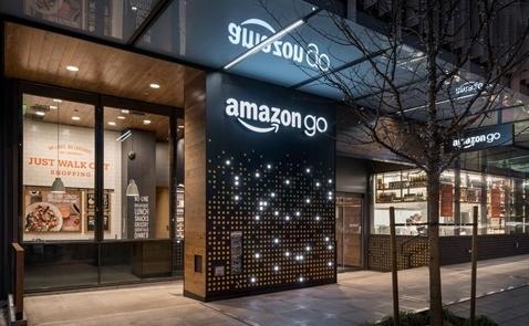 """Vì sao ngành siêu thị Mỹ lại """"hoảng"""" khi Amazon thâu tóm Whole Foods?"""