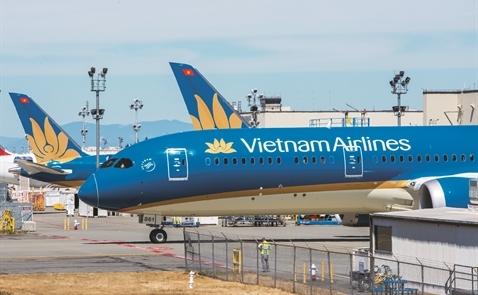 Vietnam Airlines trên đường băng mới