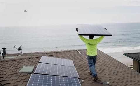 Năng lượng xanh sẽ dần thay thế than đá trong tương lai