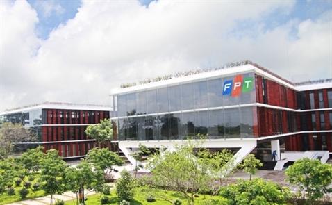 FPT báo lãi 745 tỷ đồng sau 5 tháng
