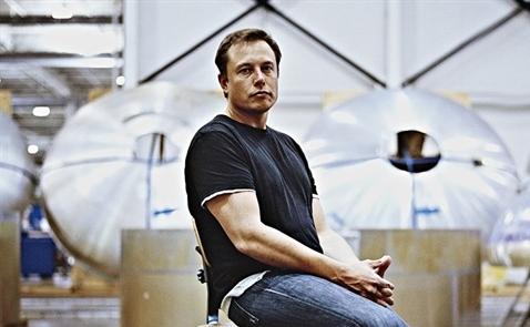 Elon Musk và Mark Zuckerberg sắp xếp bàn làm việc như thế nào?
