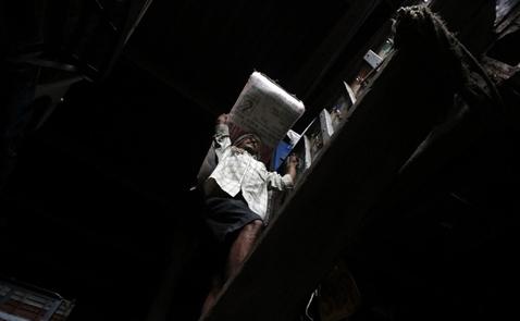 Giá gạo châu Á giảm ba tuần liên tiếp, Philippines áp trần giá nhập khẩu
