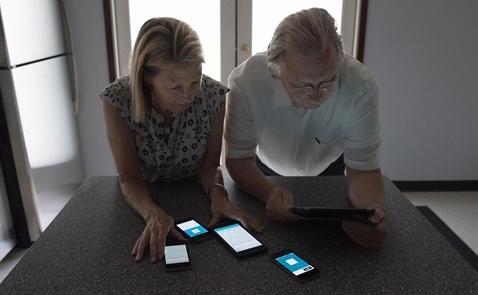 Cặp vợ chồng già này đã phát minh ra mô hình chia sẻ xe trước Uber?