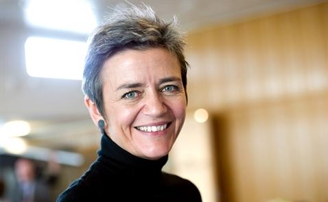 Ai là người phụ nữ đã đưa ra quyết định phạt Google 2,7 tỷ euro?