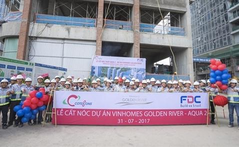 Nhà thầu F.D.C cất nóc tháp AQUA 2 dự án Vinhomes Golden River