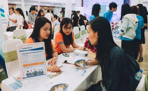 """Hội thảo Nghề nghiệp VietAbroader TPHCM 2017:  """"Vững Năng Lực, Vượt Trùng Khơi"""""""