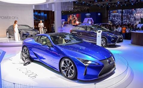 Hoành tráng triển lãm Vietnam Motor Show 2017
