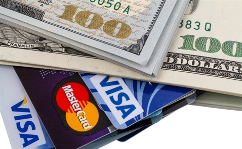 Nợ thẻ tín dụng tại Mỹ vượt mức trước khủng hoảng 2008