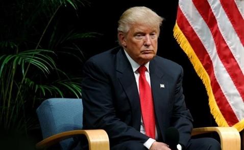 Trump buộc phải giải thể 2 hội đồng tư vấn kinh tế