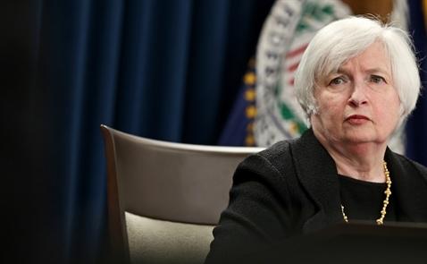 Fed hoãn tăng lãi suất là do lo ngại lạm phát yếu?