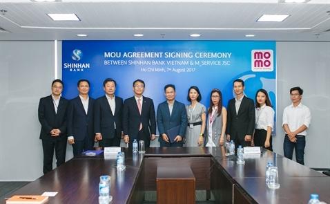 Ngân hàng Shinhan ký kết thỏa thuận ghi nhớ cùng ví điện tử MoMo