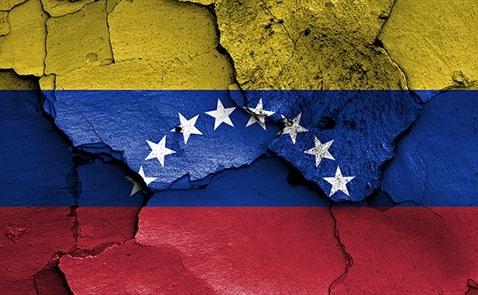 Venezuela gặp rắc rối vì bị Trump cấm giao dịch trái phiếu tại Mỹ