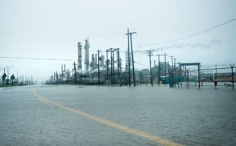 Thị trường dầu sẽ phục hồi trong thời gian tới?