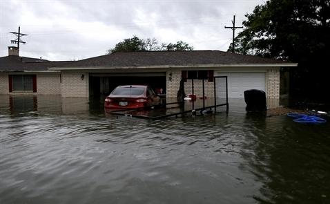 Tổng giá trị bất động sản bị ảnh hưởng bởi bão Harvey: Ít nhất 23 tỷ USD