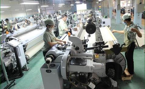 Chỉ số PMI của Việt Nam tăng nhẹ trong tháng 8