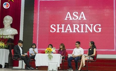 Học bổng AmCham – Khởi đầu tương lai nhân tài Việt