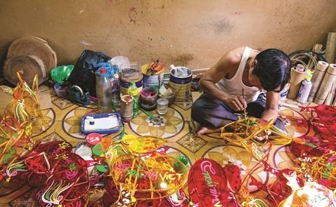 Đèn lồng Việt giành lại thị trường