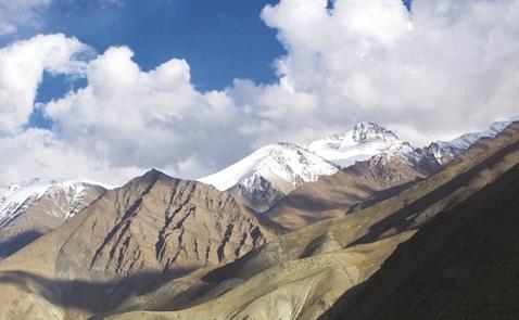 Chánh niệm trên đỉnh Himalaya