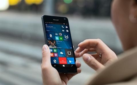 Microsoft chia tay Windows Phone