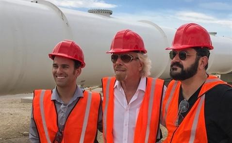 Richard Branson hợp tác cùng Elon Musk phát triển Hyperloop One