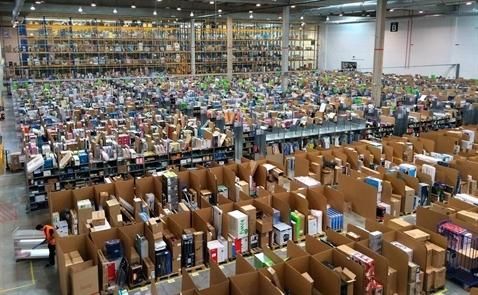 Amazon cũng bán hàng giả