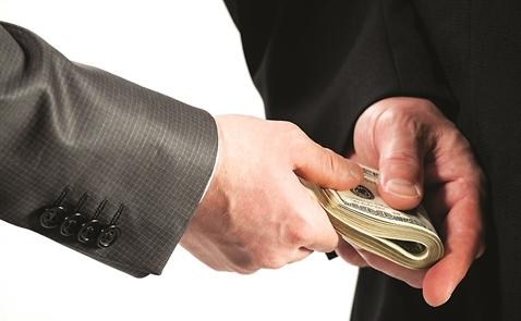 Tham nhũng và nợ công