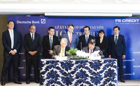 FE Credit vay 100 triệu USD từ Deutsche Bank
