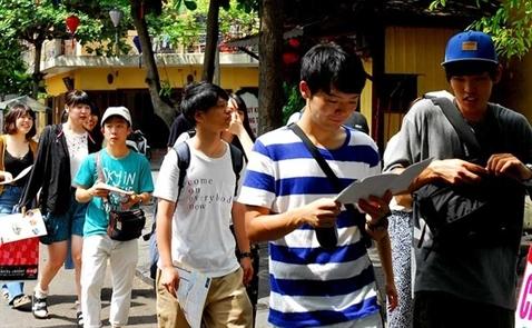 Khách du lịch Trung Quốc tăng đột biến