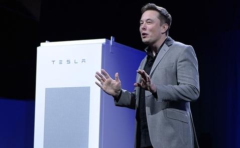 Tỷ phú Elon Musk khánh thành nhà máy dự trữ điện lớn nhất thế giới