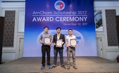 Lễ trao giải học bổng AmCham 2017