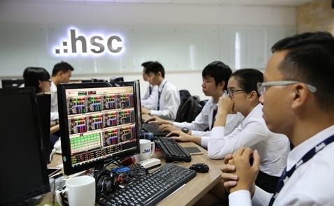 HSC phát hành 800 tỉ đồng trái phiếu cho 7 nhà đầu tư