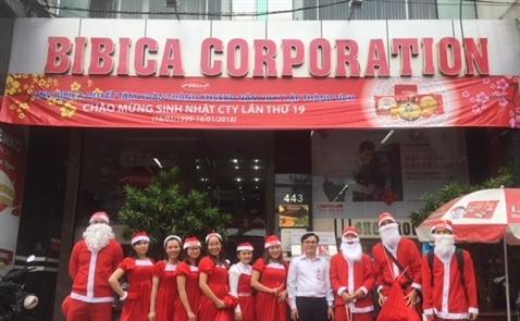 Bibica dành tặng 32.000 phần quà mùa Noel