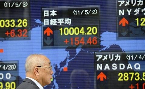 Chứng khoán Nhật Bản chạm mức cao nhất trong 26 năm